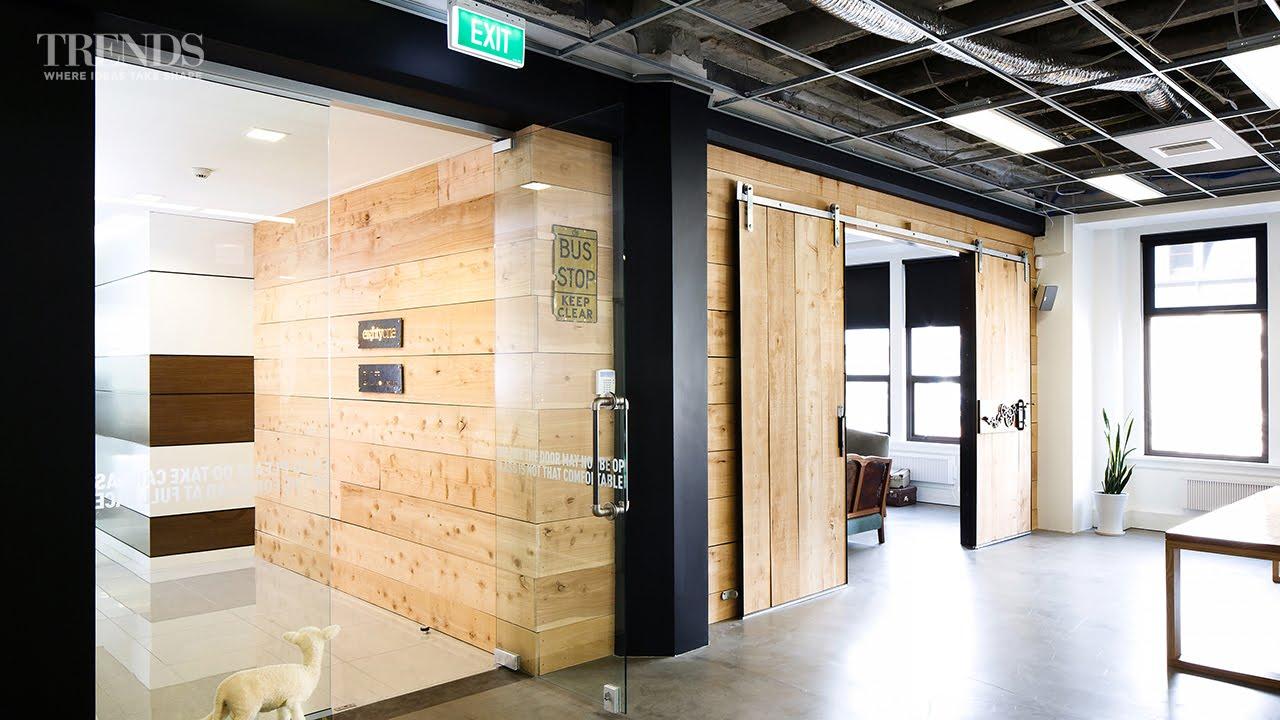 Sản xuất vật liệu xây dựng, đồ dùng nội thất